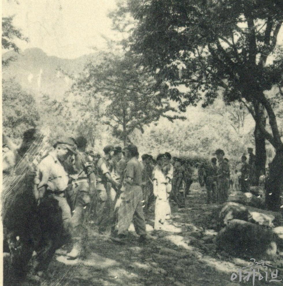 1954년 사대부고 군사훈련 4