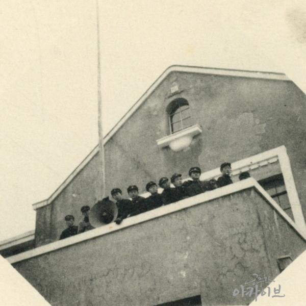 1955년 사대부고 졸업사진 - 공주극장 1