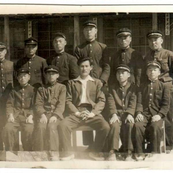 경천감리교회 3학년 학생들과 단체 사진