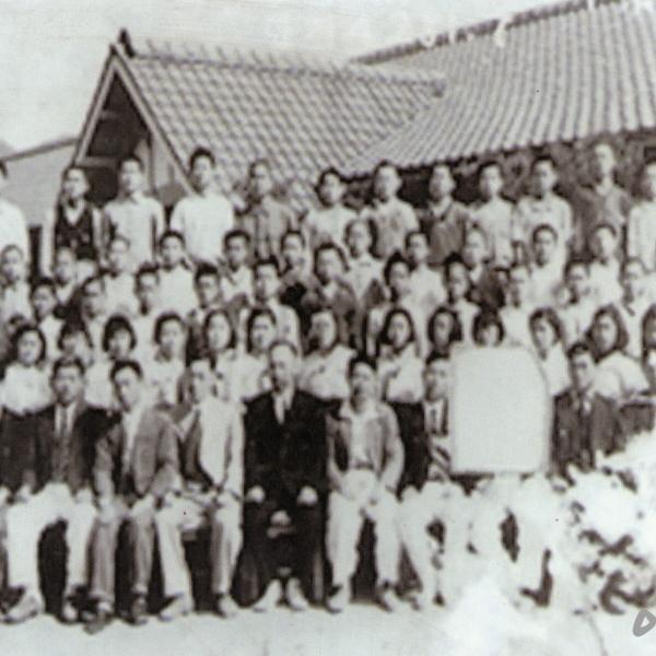 1948년 반포공립국민학교 제25회 졸업기념 사진